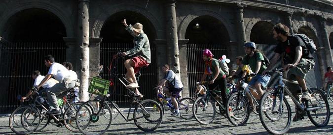 Tassa sulla bici, la proposta del senatore Filippi (Pd) scatena la protesta dei ciclisti