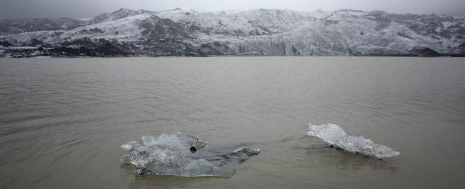 """Clima, teenager portano Usa in tribunale: """"Non fanno abbastanza per l'ambiente"""""""