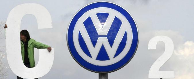 """Volkswagen, fondo pensione norvegese fa causa. """"Chiediamo risarcimento delle perdite causate dal Dieselgate"""""""