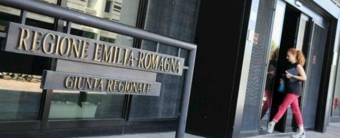 """Spese pazze, Consulta respinge ricorsi della Regione: """"legittimi"""" i processi contabili ai consiglieri"""