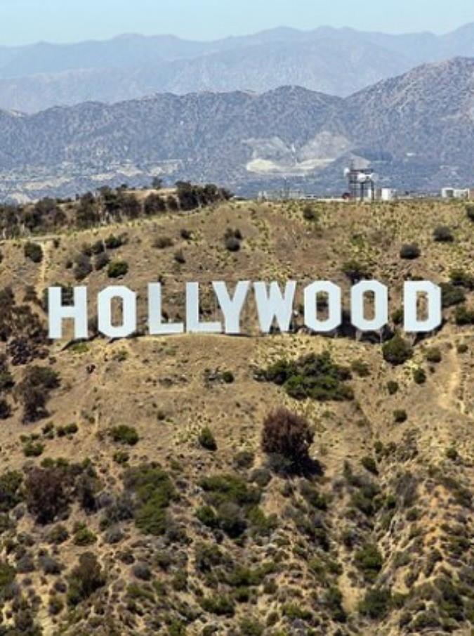 """Aids, incubo a Hollywood: attore """"playboy"""" ha il virus dell'Hiv. E' panico tra le sue amanti"""
