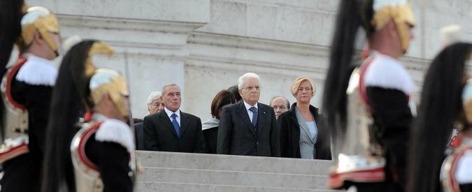 """Festa delle Forze armate, Sergio Mattarella: """"Pieno sostegno ai marò"""""""