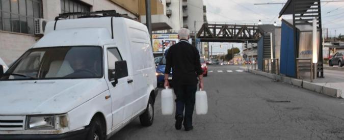 Messina senz'acqua, 17esimo giorno di emergenza. Ma i lavori alla condotta sono bloccati: mancano i permessi