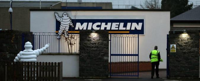 """Michelin, lavoratori bloccano statale dopo l'annuncio di 578 esuberi. Landini: """"Renzi intervenga"""""""