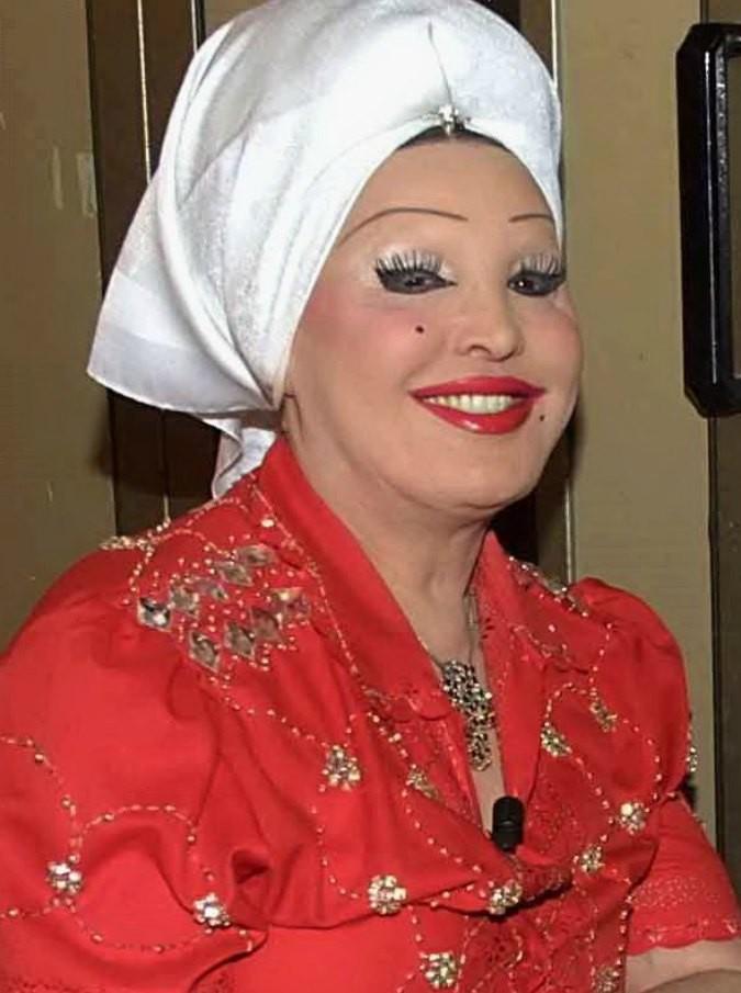 Moira Orfei morta, al suo Circo anche Gheddafi e Berlusconi. I film con Totò e l'amore di Fellini