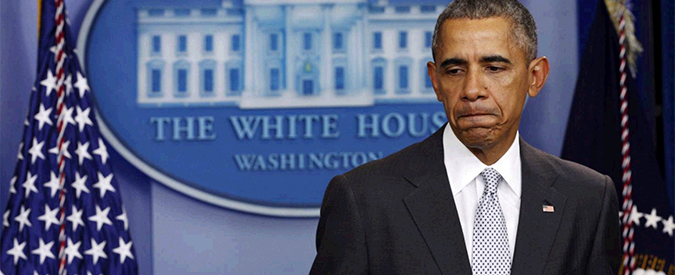 """Usa 2016, il silenzio di Obama sul caso Emailgate. """"Così il capo dell'Fbi ha violato l'Hatch Act"""""""