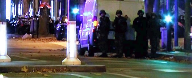 """Attentati a Parigi, Hollande: """"Stato d'emergenza e frontiere chiuse. Dobbiamo difenderci"""""""