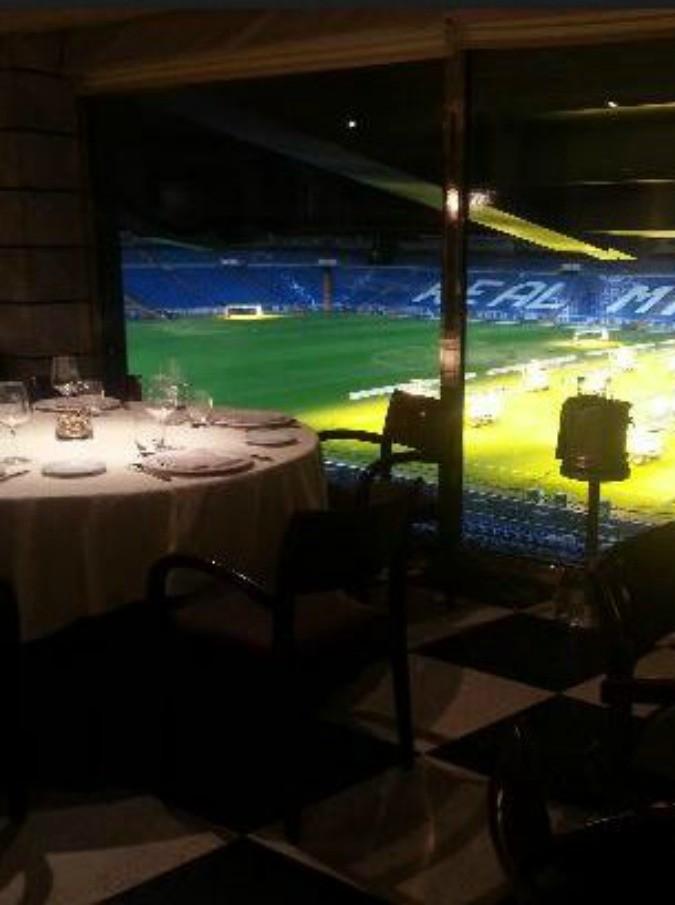 Calcio e cibo, quando lo stadio ospita un ristorante di livello: succede al Bernabeu, ma non solo