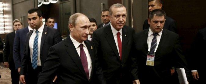 """Siria, Russia: """"Non abbiamo ricevuto le scuse della Turchia"""". Erdogan: """"Putin non risponde al telefono"""""""