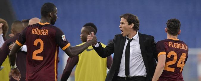 Serie A, risultati e classifica 12° turno. Derby alla Roma. L'Inter di misura sul Toro. Fiorentina vince a Genova
