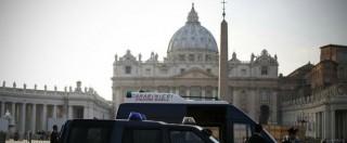 Attentati Parigi, allarme Fbi su San Pietro, Duomo e Scala di Milano. Rafforzata la sicurezza. Indagini su 5 nomi