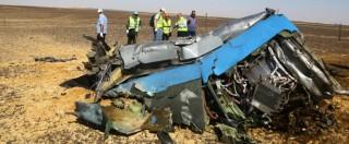 Aereo caduto in Sinai, bomba in una lattina: Isis pubblica la foto