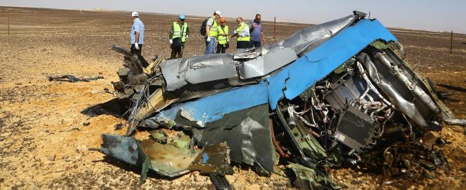 Aereo caduto in Sinai, bomba in una lattina: Isis pubblica