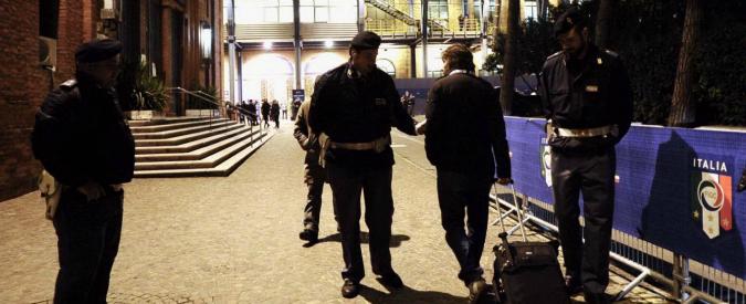"""Attentati Parigi, falso allarme prima di Italia-Romania: """"Non giocate, Allah è grande"""". Inchiesta della Procura"""