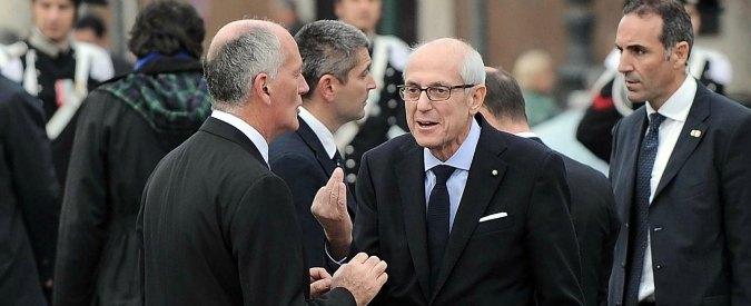 """Roma, il commissario Tronca e il rischio cecchini. Primo atto: """"Spostate la scrivania"""""""
