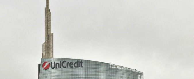 "Unicredit, venduto 10% di Bank Pekao per 749 milioni di euro. Financial Times: ""Alla banca serve comunque più capitale"""