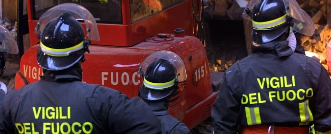 Salerno, scoppia bombola di gas in appartamento: morto il proprietario 70enne