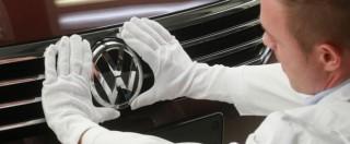 """Volkswagen, Mueller: """"Decideremo cosa fare con i lavoratori"""". Governo tedesco: """"Servono modifiche su 540mila auto"""""""