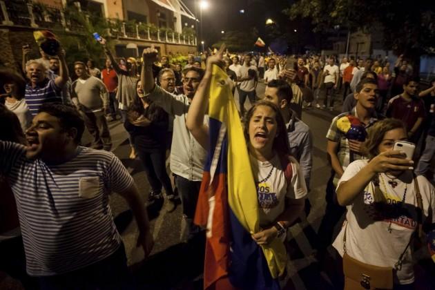 Elezioni in Venezuela, Maduro sconfitto: vince l'opposizione antichavista