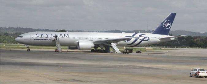 Air France, attentati Parigi costeranno a compagnia 70 milioni di mancati ricavi