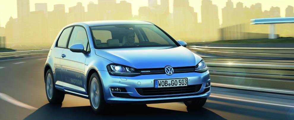 """Volkswagen, emissioni di CO2 sottovalutate, la lista dei 9 modelli coinvolti. """"Nessun intervento tecnico"""""""