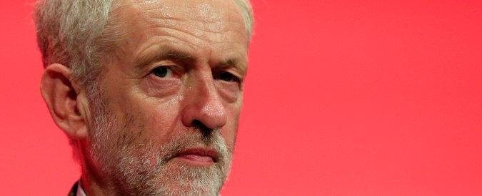 """Londra, Jeremy Corbyn pregherà nella moschea di Finsbury Park: """"Sono sconvolto dall'accaduto"""""""