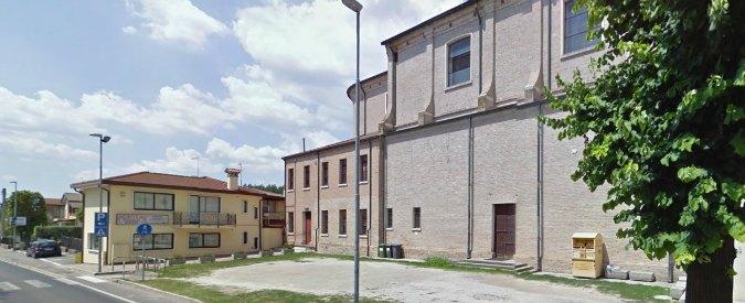 Viaggi e abiti con soldi in eredità alla Caritas, indagato prete di Legnaro