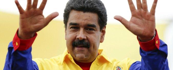 Elezioni Venezuela, Maduro in difficoltà nei sondaggi: per la prima volta dopo 17 anni il chavismo rischia di perdere