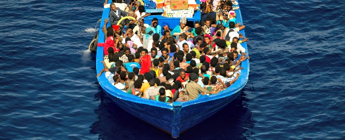 Migranti, affonda barcone nell'Egeo Diciotto i morti tra cui dieci bambini