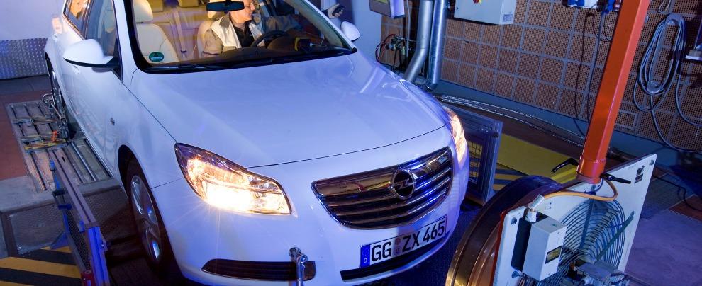 Emissioni CO2, normativa incagliata a Bruxelles. Intanto Opel annuncia che comunicherà consumi reali da metà 2016