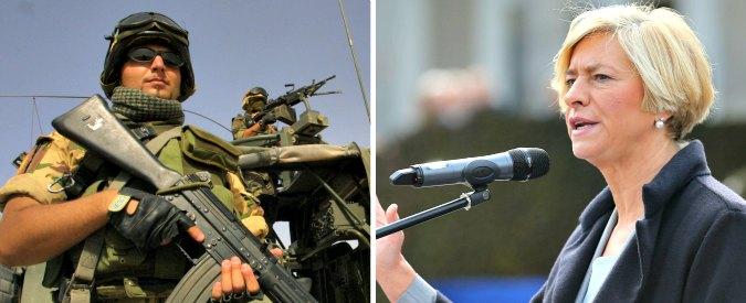 """Isis, Pinotti: """"Soldati italiani in Iraq non combatteranno"""". Esperti: """"Falso, diga di Mosul bersaglio di attacchi dei jihadisti"""""""