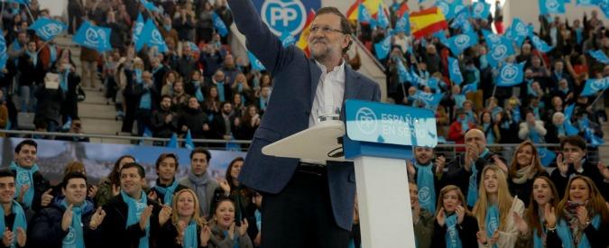 Elezioni Spagna, sondaggi: Rajoy primo ma senza maggioranza. Podemos in rimonta