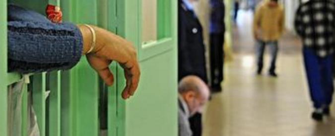 Violenza nelle carceri, detenuto pestato dalla guardia a Genova. Tra agenti, dirigenti e medici 13 indagati