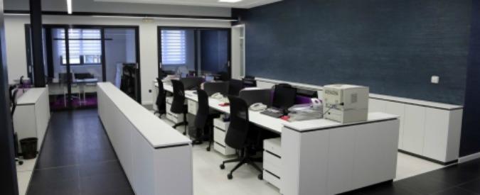 Lavoro, per i dipendenti ansia da prestazione tra riunioni improduttive, rumori e troppe mail