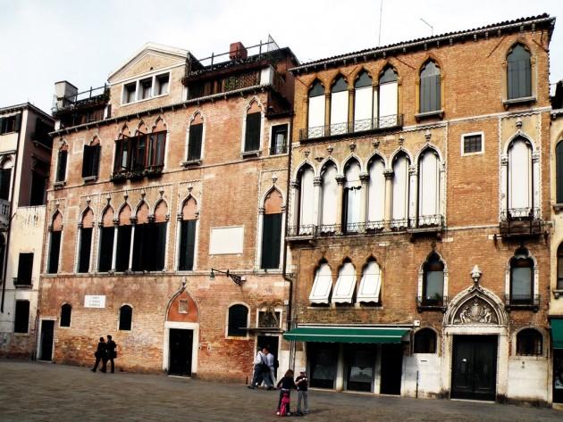 Palazzo Donà