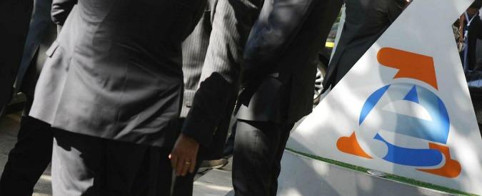 Agrigento, inchiesta su Agenzia Entrate: 11 arresti, anche direttore. 'Assunzioni di parenti in cambio di informazioni su fisco'
