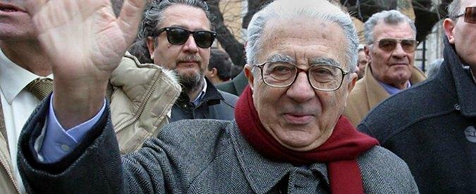 """Armando Cossutta morto a 89 anni: dal Pci al Pdci, addio al più """"sovietico"""" dei comunisti"""
