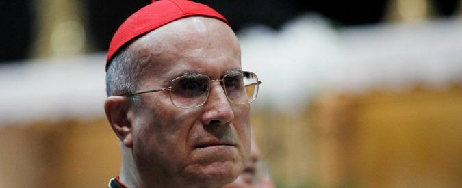 """Attico Bertone, la versione del cardinale: """"Ristrutturazione e unione dei due appartamenti concordate con Bergoglio"""""""