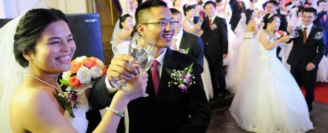 Cina, finisce l'era del figlio unico: 'Dal 2016 le coppie potranno avere due bimbi'