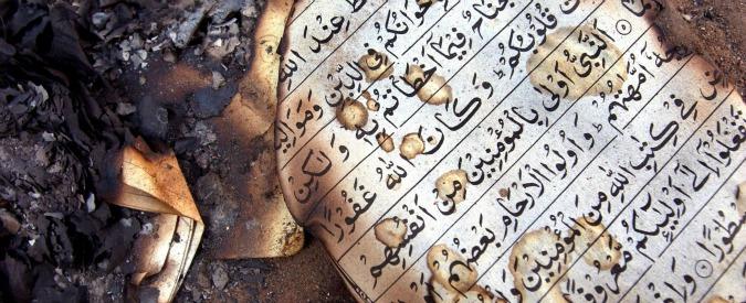 """Francia, vandalizzato centro di preghiera musulmano in Corsica. Gli assalitori: """"Fuori gli arabi da casa nostra"""""""