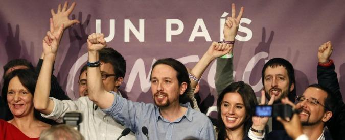 """Spagna, precariato e basso potere d'acquisto, un giovane su 2 è """"Neet"""". Ecco perché il sistema politico è crollato"""