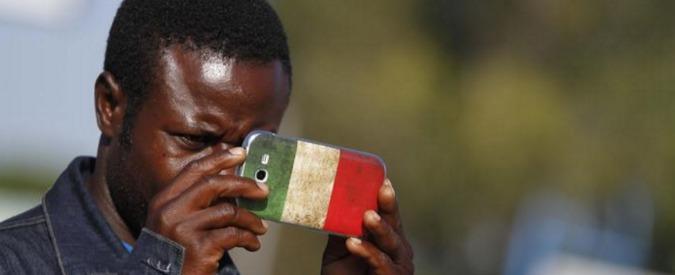 Lavoratori stranieri, in sei anni di crisi disoccupazione su del 7% contro +5% degli italiani. Il 30% è 'troppo qualificato'