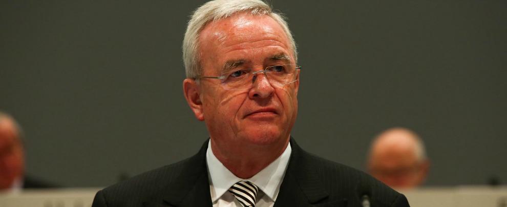 Volkswagen, la caduta dell'ex ad Winterkorn. Da manager più pagato di Germania al rischio bancarotta