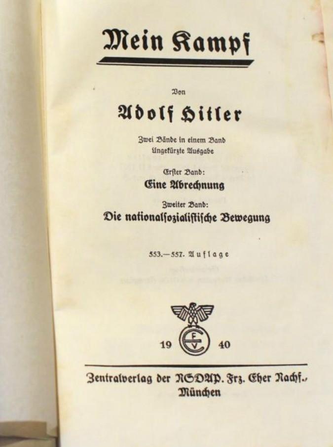 """Mein Kampf, il libro di Hitler torna in vendita: """"Meglio, l'ignoranza non aiuta mai. E i tedeschi hanno fatto i conti con la Storia. Non come l'Italia"""""""