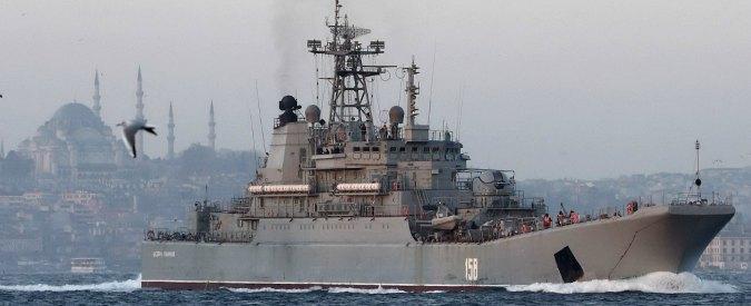 Tensione fra Mosca e Ankara: navi militari russe costringono mercantile turco a cambiare rotta nel Mar Nero