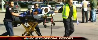 """California, sparatoria a San Bernardino. Polizia: """"Almeno 14 morti"""". E' caccia a 3 uomini bianchi in abiti militari"""