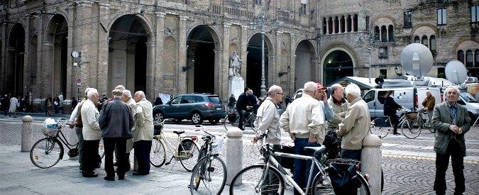 """Parma, polizia toglie le coperte ai senzatetto. Comune: """"Erano abbandonate. Questione di decoro"""""""