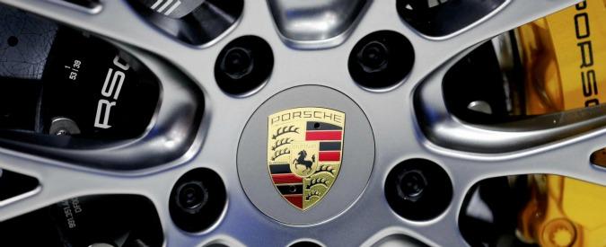 Volkswagen, accordo con banche per prestito da 20 miliardi. Indagato il direttore generale di Porsche Italia
