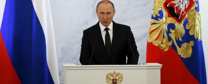 Putin da pokerista a giocatore di scacchi