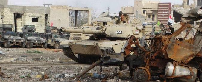 """Iraq, esercito: """"Ramadi liberata da Isis"""". Poi la smentita: """"No, jihadisti occupano ancora 30%"""""""